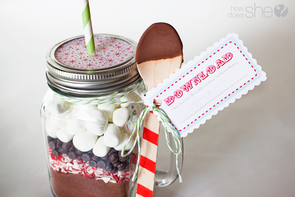 33 Neighbor Gift Idea: Hot Chocolate in a Jar with FREE printable ...