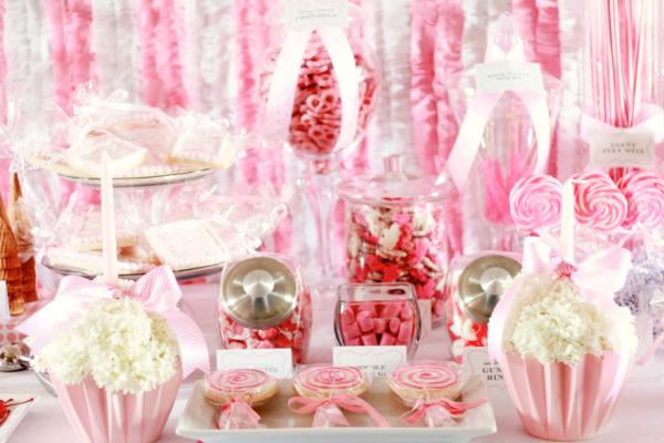 Stunning Flower Cupcake Centerpiece